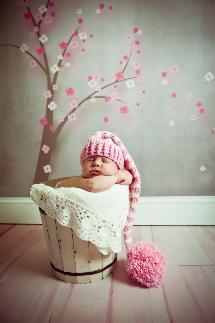 IMAGE: http://www.chiphotographyofcharleston.com/wp-content/uploads/2011/12/charleston-baby-photographers.jpg