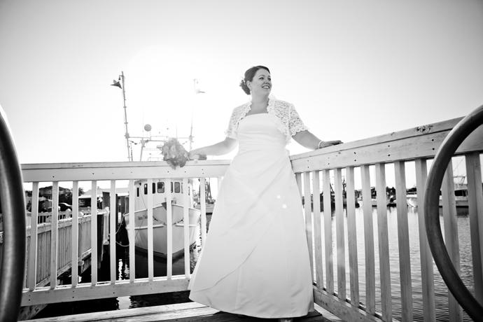 IMAGE: http://www.chiphotographyofcharleston.com/wp-content/uploads/2012/03/mt-pleasant-wedding-photographers.jpg