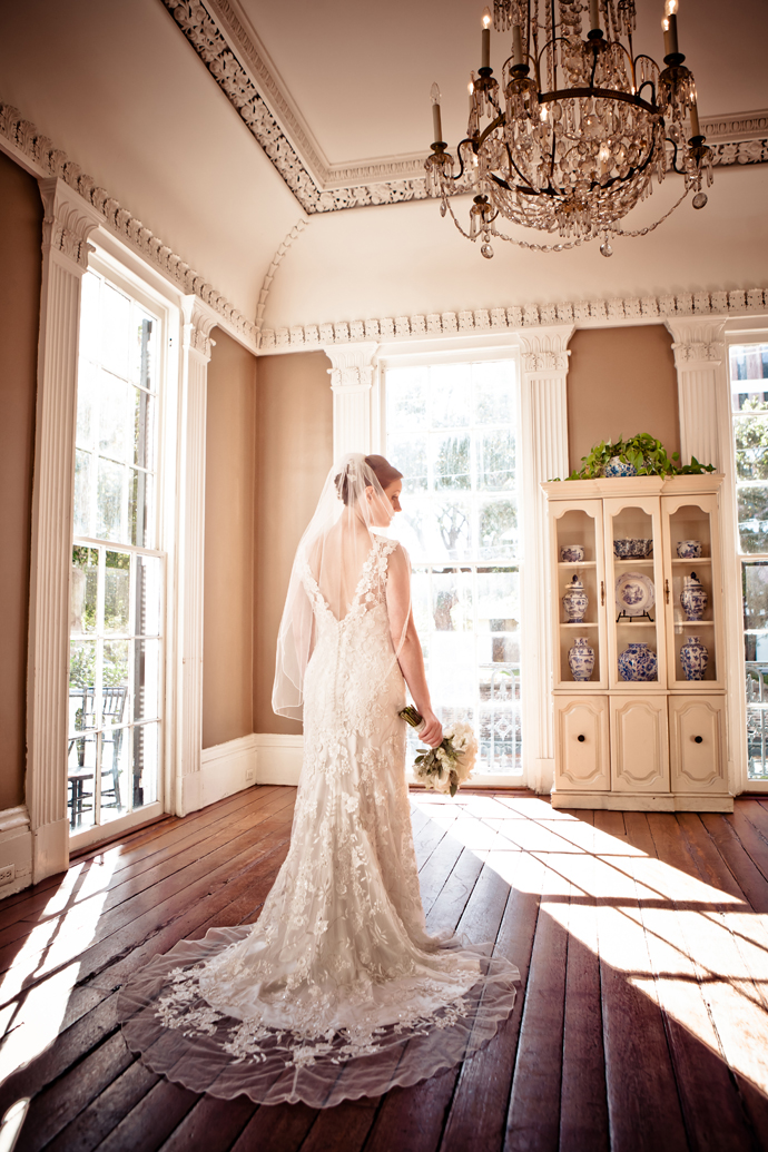 charleston_sc_Wickliffe_House_bridal_portrait_laura_008