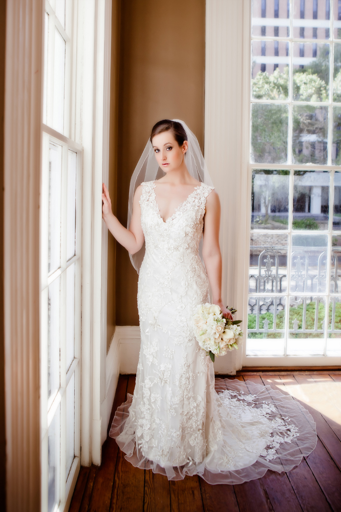 charleston_sc_Wickliffe_House_bridal_portrait_laura_025