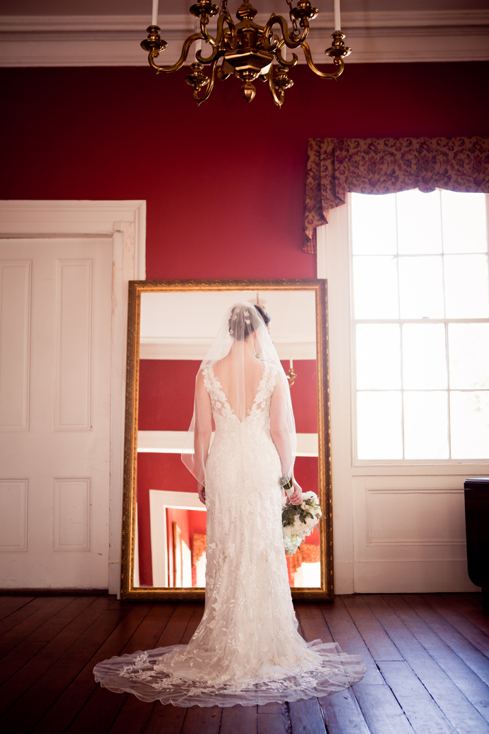 charleston_sc_Wickliffe_House_bridal_portrait_laura_057