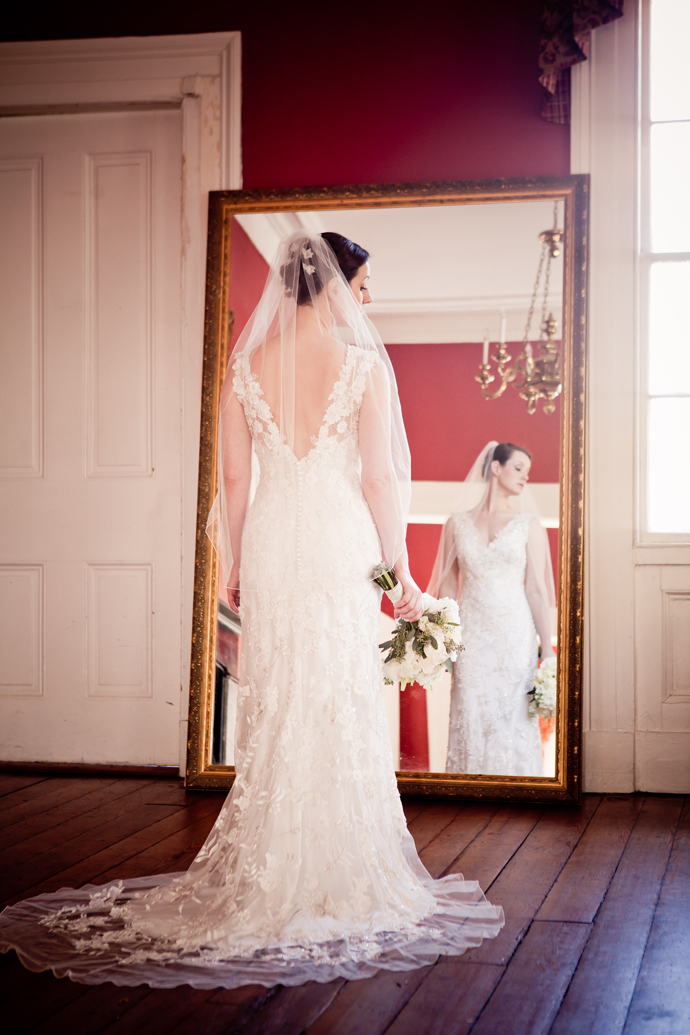 charleston_sc_Wickliffe_House_bridal_portrait_laura_063