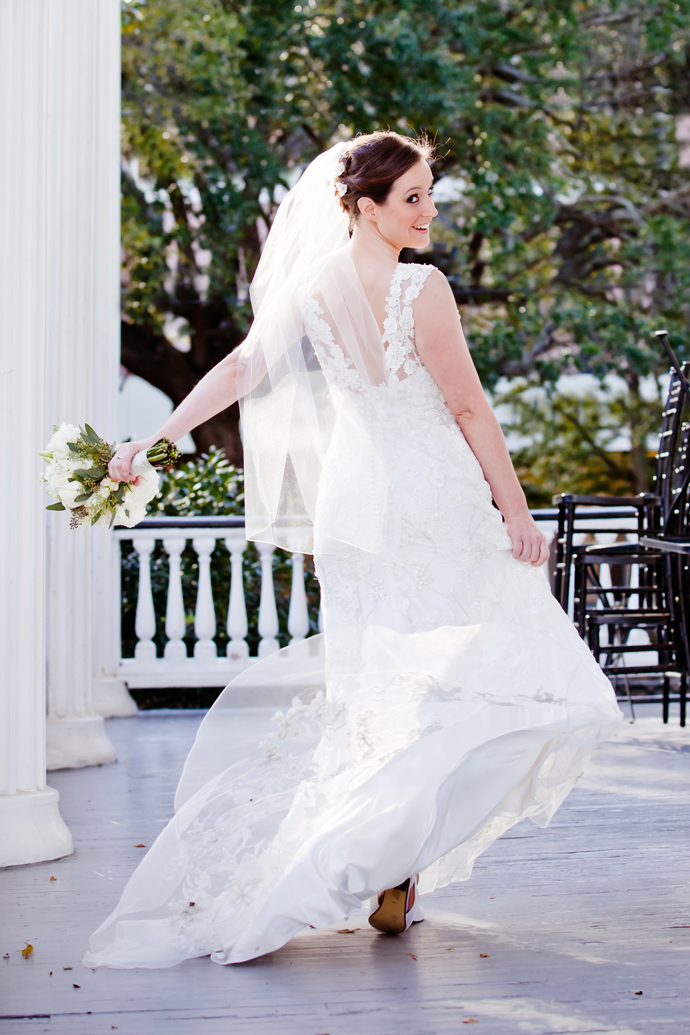 charleston_sc_Wickliffe_House_bridal_portrait_laura_090