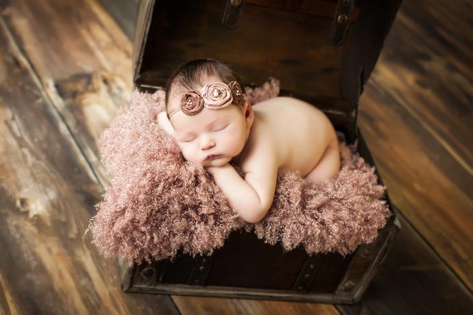 charleston_sc_newborn_photographer_charlotte.26