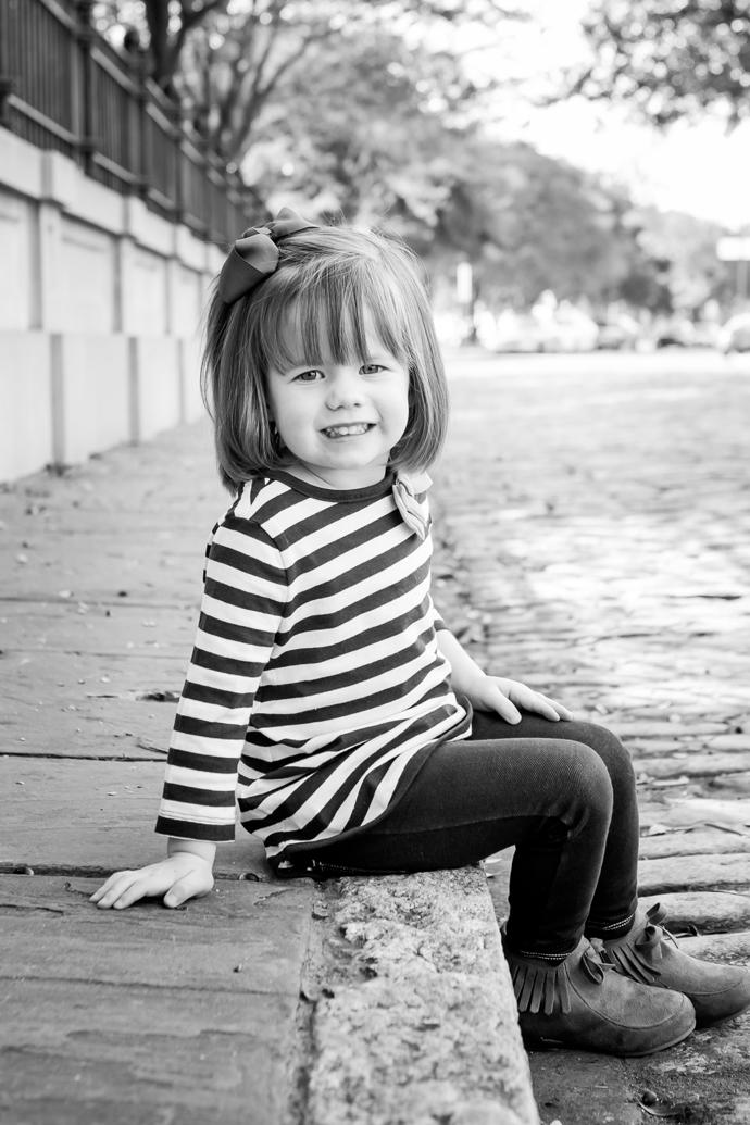 charleston_SC_family_photographer_wellman_waterfront_park_image_22