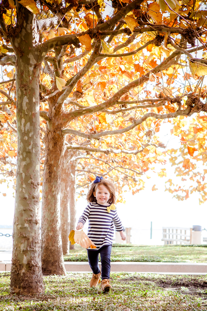 charleston_SC_family_photographer_wellman_waterfront_park_image_42