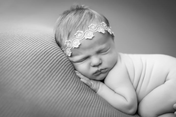 charleston_SC_newborn_photographer_leighton_image_18